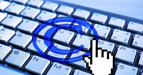 Copyright Compliance: (Re-)Register Your DMCA Agent in 2017 to Keep Your Website Docked in the Safe Harbor