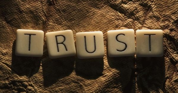 The Role of Trust in Italy between Opportunities and Restrictions