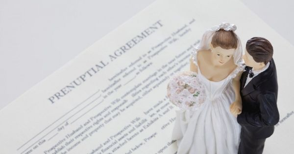 How Do Pre-nuptial Agreements Work?